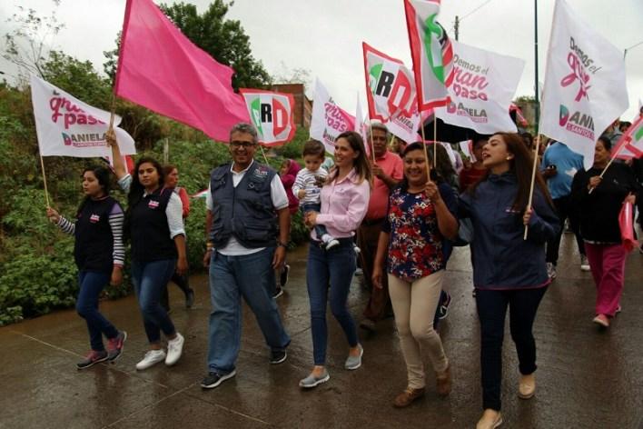 La candidata sostuvo reunión con integrantes de la organización Antorcha Campesina, quienes dieron cuenta de la falta de servicios en varias colonias de la ciudad
