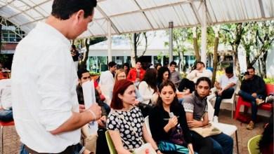 Iván Pérez Negrón destacó que los jóvenes elegidos recibirán un recurso, además de que gozarán de servicios de salud, y la inmejorable oportunidad de prepararse para la vida la laboral