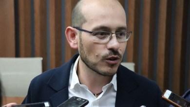Hinojosa Pérez dejó en claro que los ciudadanos han encontrado más dudas que respuestas en la liberación de Jesús Reyna, pues el desistimiento de la PGR podría apuntar a un pacto entre PRI y MORENA