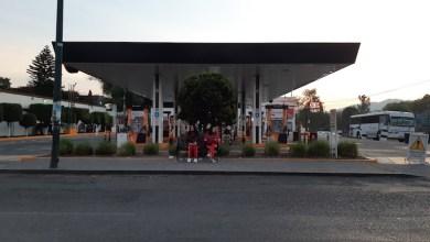 Por medio de simbología, se orienta a la ciudadanía para que identifiquen donde hay disponibilidad de combustible