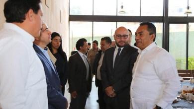 López Solís estableció que los temas de corrupción e impunidad, son rubros en los que además de las acciones institucionales que se llevan a cabo, demandan de la colaboración de todos
