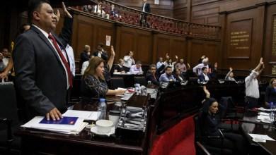 El coordinador del Morena en el Congreso del Estado, Fermín Bernabé, llama a impulsar la generación de empleo