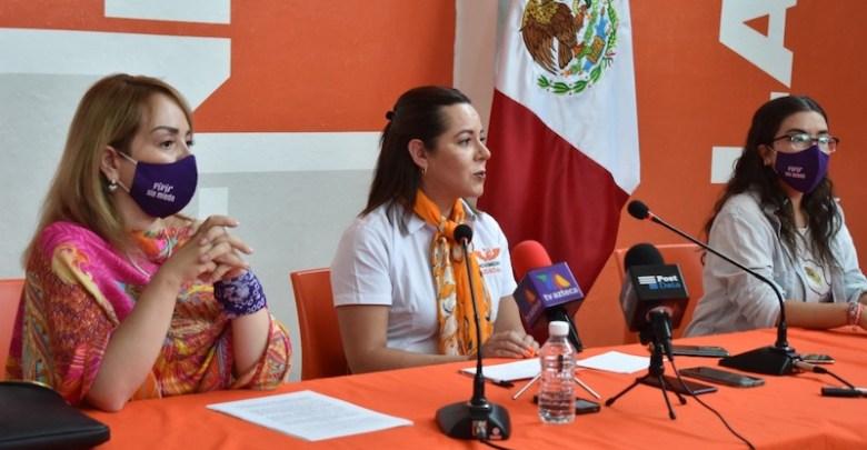 Mercedes Calderón, Vanina Hernández