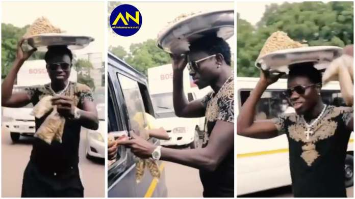 American comedian Michael Blackson spotted 'hawking' on the streets of Accra [video]