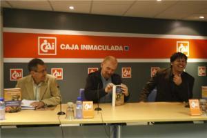 Presentación en el salón de actos de la CAI de Huesca