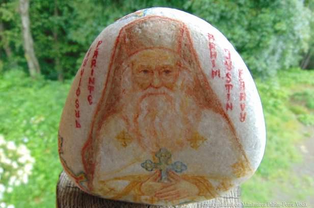 Parintele Justin Parvu - pictura pe piatra_Manastirea Paltin Petru Voda