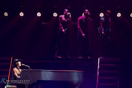 Alicia Keys-23