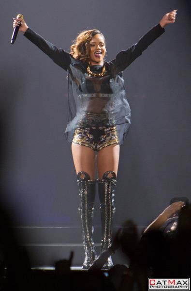 CatMax-Rihanna-Philips-Arena-1174