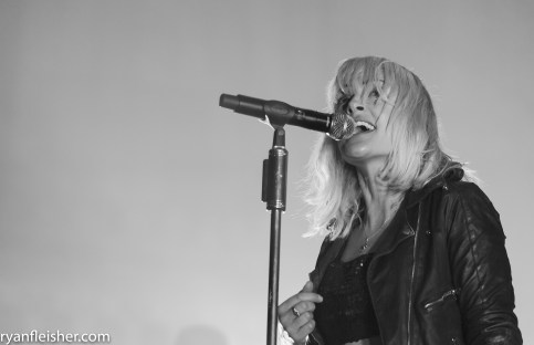 Metric @ Tabernacle 2.24.19