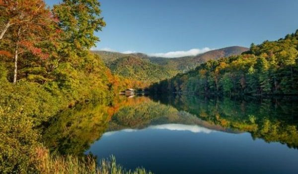 there are 4 National Parks close to Atlanta