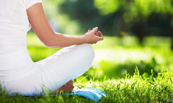 Free outdoor yoga at park tavern in Atlanta