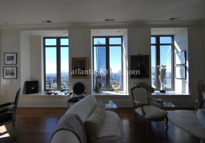 Mandarin Oriental Atlanta Residence 42B Great Room 3