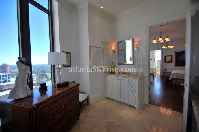 Mandarin Oriental Atlanta Residence 42B Master Bathroom