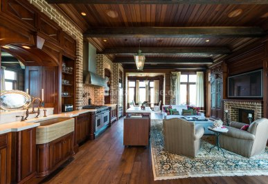 2500 Peachtree Penthouse 902N Great Room