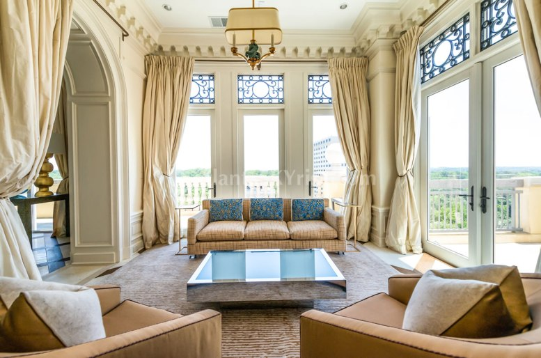2500 Peachtree Penthouse 902N Family Room 2