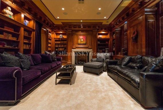 2500 Peachtree Penthouse 902N Library
