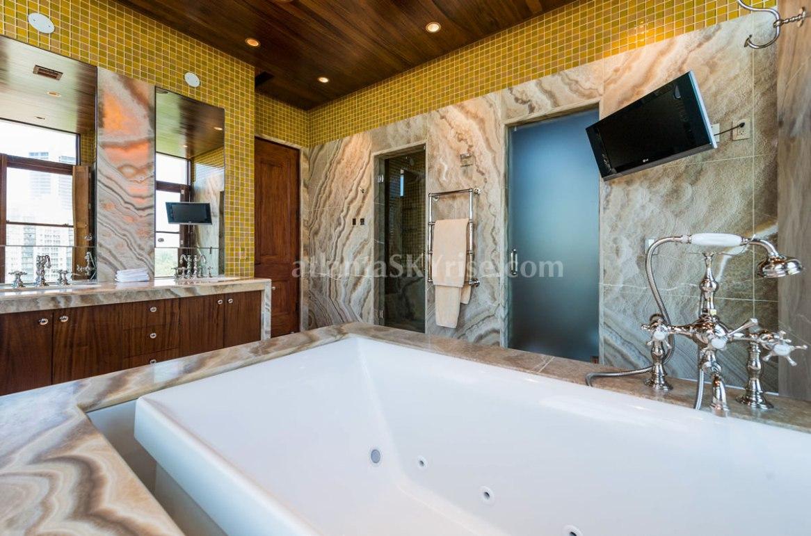 2500 Peachtree Penthouse 902N Master Bathroom 2