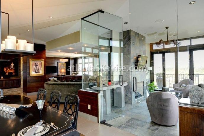 The Astoria Penthouse 1504 Indoor Terrace