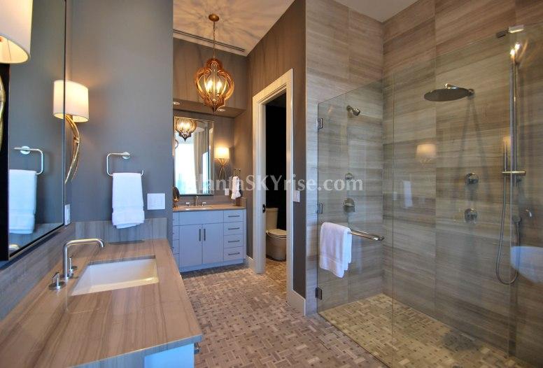 Mandarin Oriental 45B Master Bathroom 2
