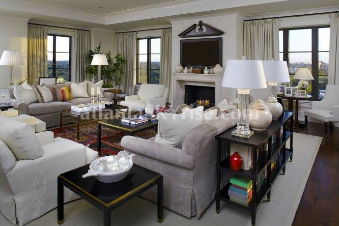 St Regis - Stan Topol 1 - Living Room 2