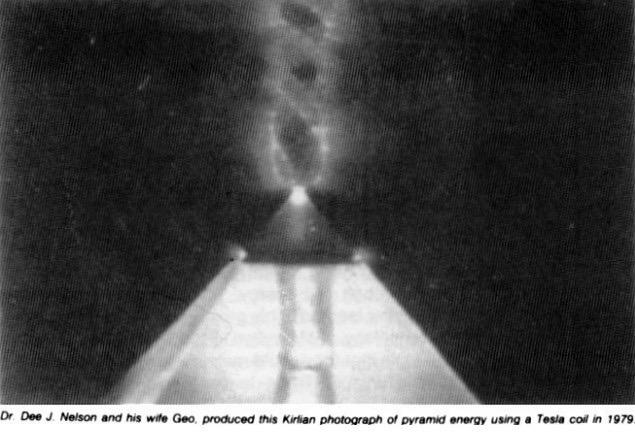 Piramid Giza : Sebuah Mesin Energi Raksasa ? Foto Termal Mengungkapkan Rincian yang Mengejutkan