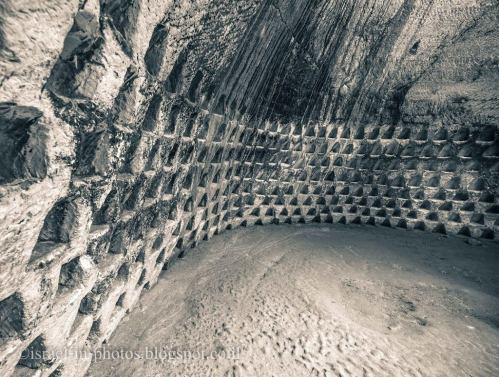 Sebuah Kompleks Bawah Tanah Berusia Jutaan Tahun …