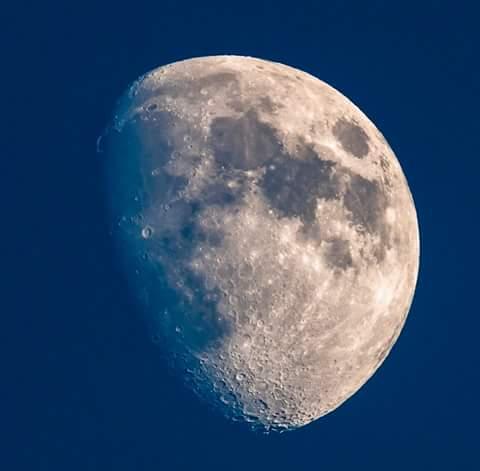 Andai bulan bs ngomong