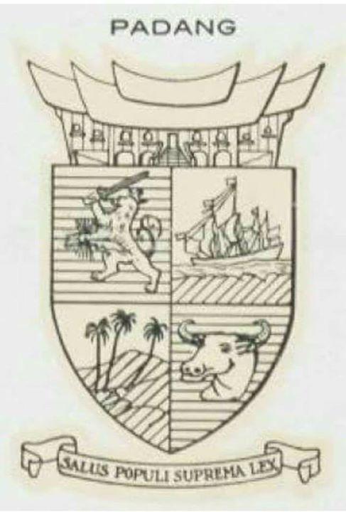 Lambang Kota Padang di zaman kolonial Belanda. …