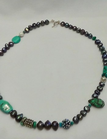 Turquoise & Black Pearl Beads
