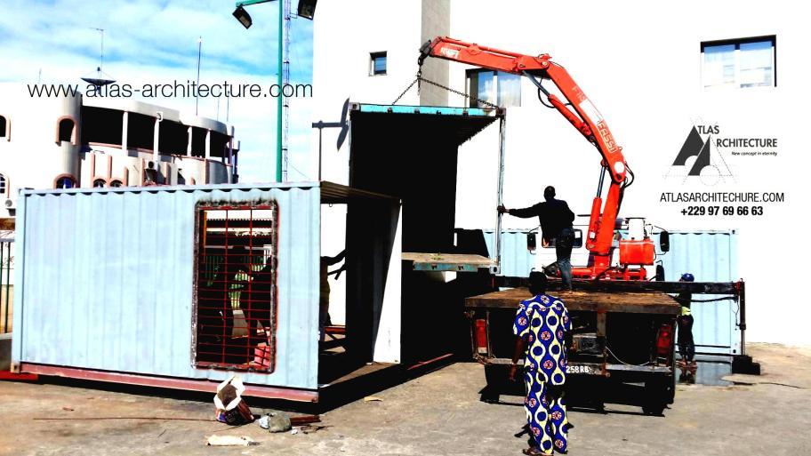 agence-bancaire-a-cotonou-en-containair-1-boost