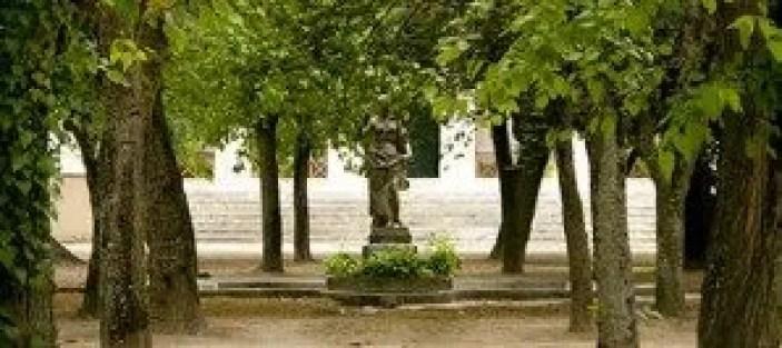 quinta-da-alorna-statue-copy