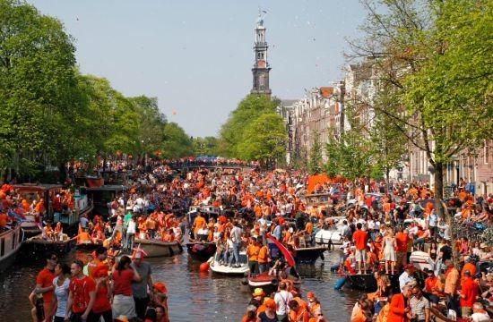 hollanda kingsday kutlamaları