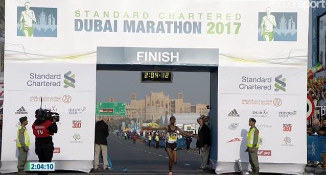 Dubai: ritirato Bekele! Vince Tola viaggiando fino al 30° a ritmo del record...