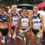 La squadra femminile di corsa in montagna. A sinistra, Sabrina Bampi, neo-mamma