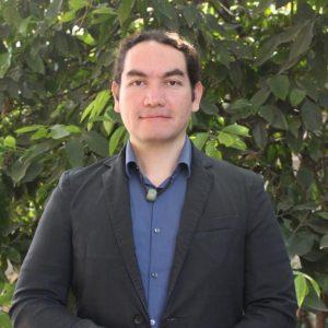 Dr. Víctor Almanza Veloz