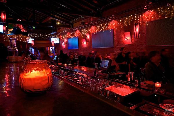 Lucky Lounge Bar