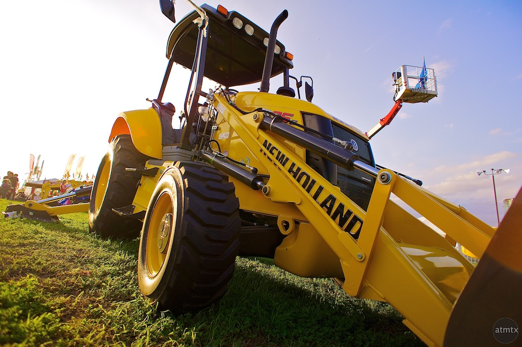 New Holland Loader, Rodeo Austin
