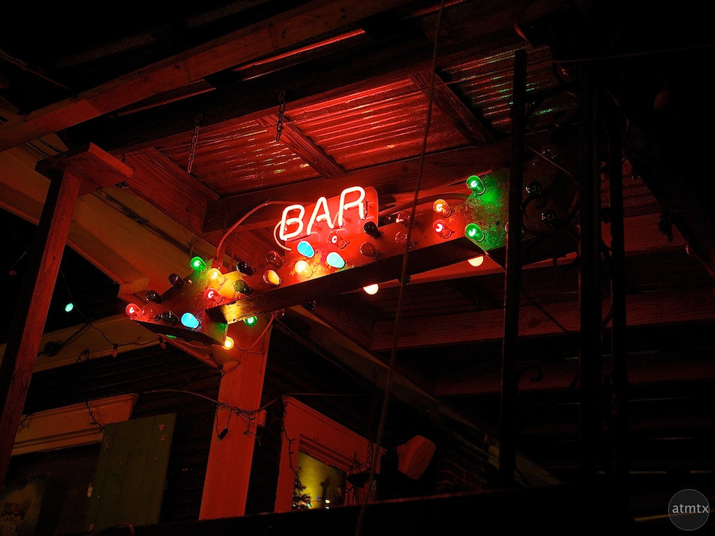 Bar Neon, Spider House - Austin, Texas