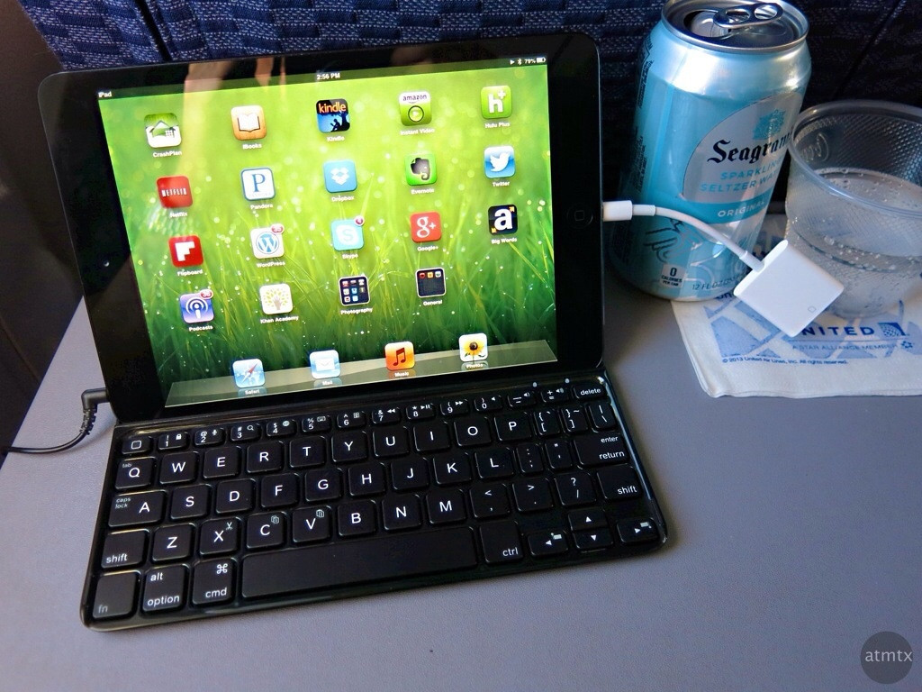 iPad Mini in coach - At 30,000 feet