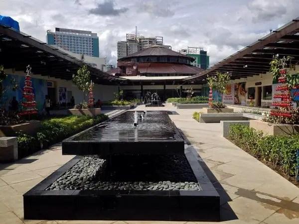 Ayala Mall Cebu Roof Deck