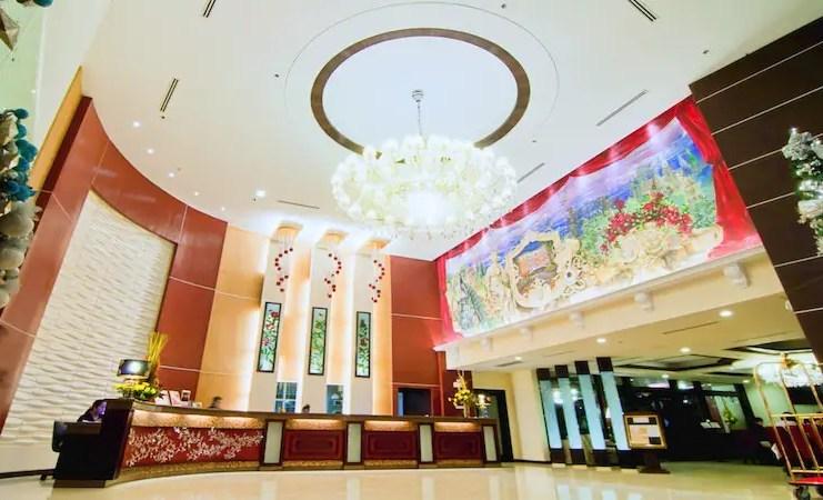 Elizabeth Hotel Lobby