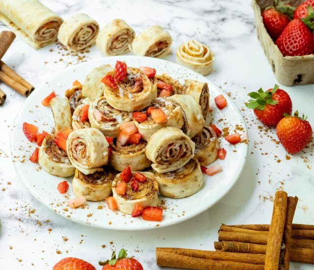 Cinnamon Strawberry Lavash Pinwheels