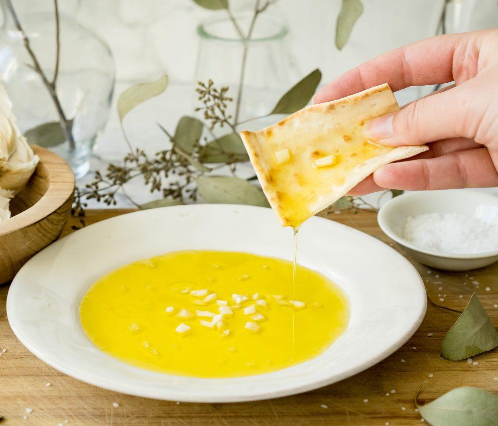 Garlic Olive Oil Lavash Dip