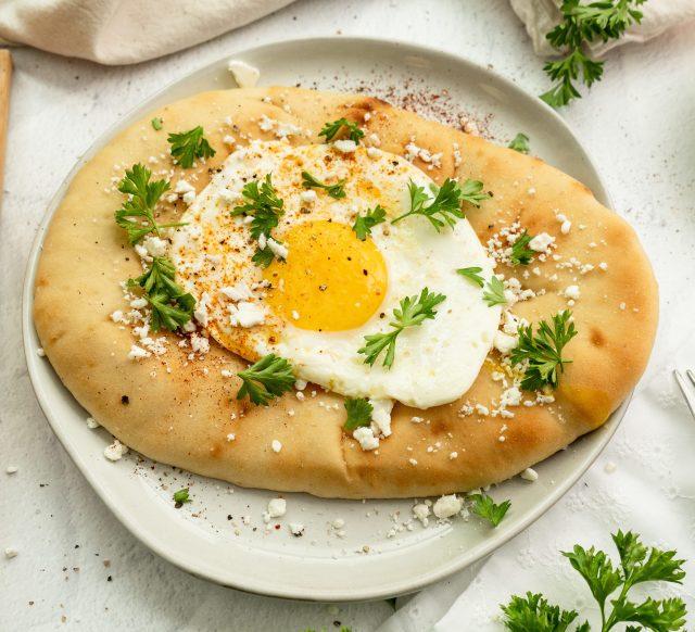 Egg and Feta Breakfast Naan