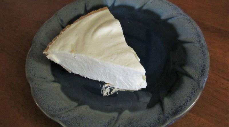 Eggnog pie