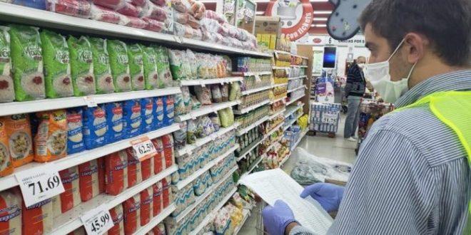 Las ventas en supermercados cayeron 2,3% en el interanual