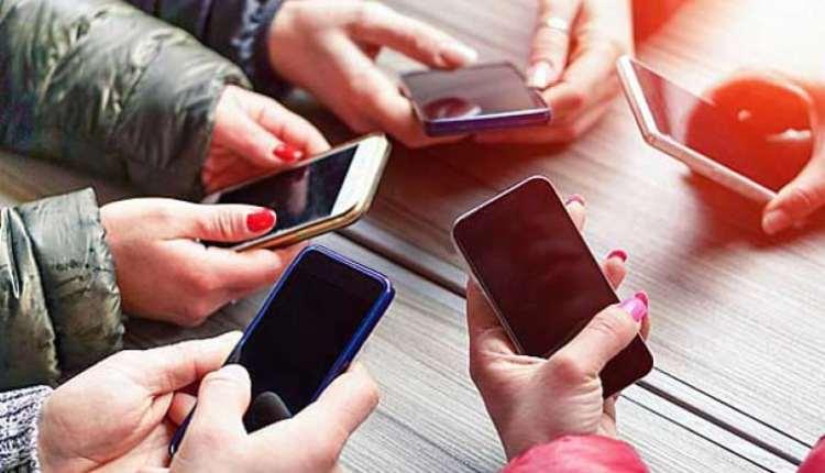 الهواتف الذكية تسبب خلل في الذاكرة