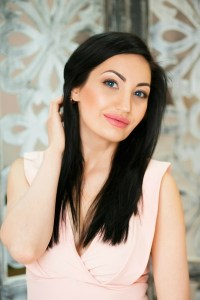 correct Ukrainian woman from city Dnepr Ukraine