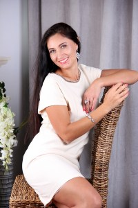 pure Ukrainian lady from city Kyiv Ukraine
