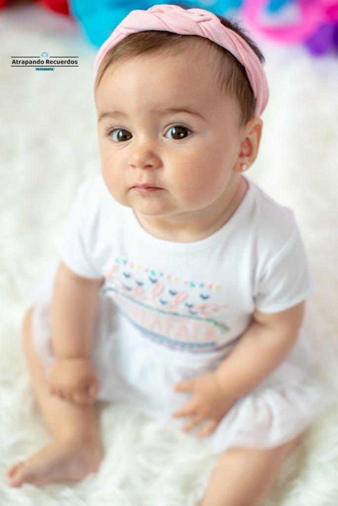 Fotografia bebe 6 meses en estudio